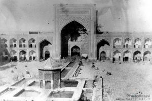The oldest photo of the holy shrine