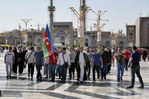 Nearly 1000 Azeri pilgrims visit Imam Reza (AS) holy shrine