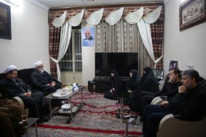 AQR chief custodian pays a visit to Lt. Gen. Soleimani's family