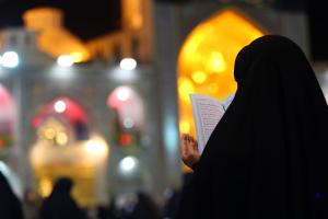German woman converts to Islam in Imam Reza (AS) holy shrine