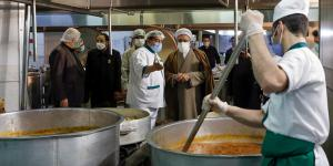 AQR chief custodian inspects holy shrine's Iftar meal preparation