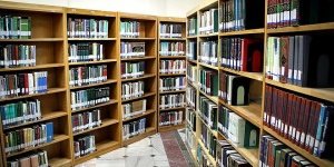 Thousands of reference books donated to Central Library of Astan Quds Razavi during Q2